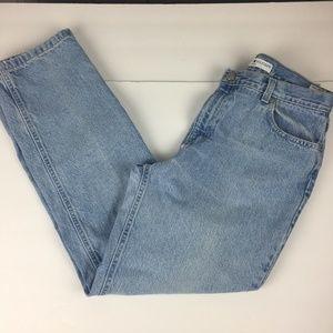 Tommy Hilfiger Light Wash Mom Jeans Ankle Roll-Up